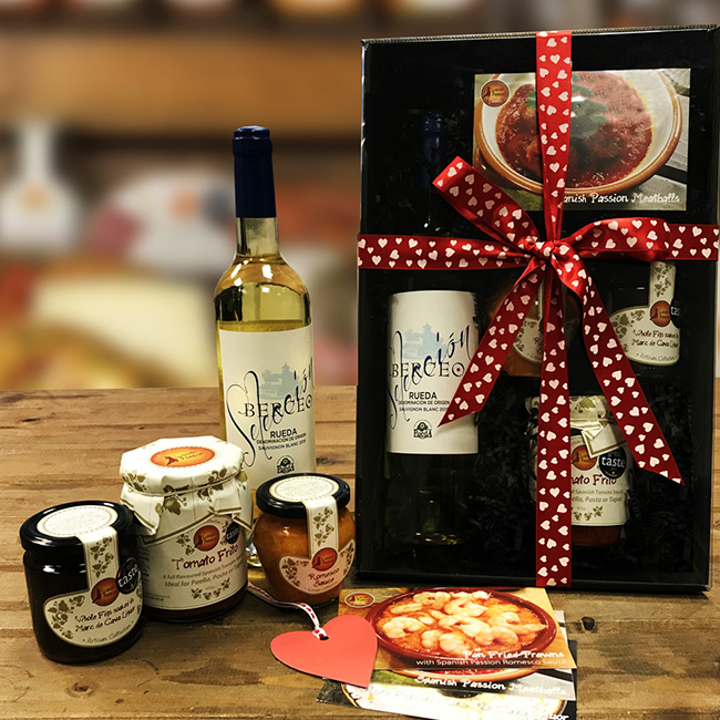 Saint Valentine's Gift Box Hamper