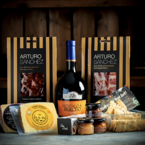 Spanish Cheese, Wine & Charcuterie Deluxe Gift Hamper